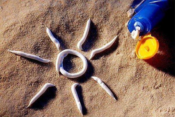 کدام کشور فروش و استفاده از کرم ضد آفتاب را ممنوع نمود؟