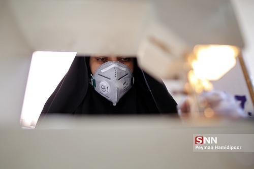 ستاد دانشجویی مبارزه با کرونا در یزد 420 ماسک n95 بدون سوپاپ را به کادر درمان اهدا کرد