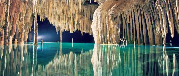 زیباترین و شگفت انگیزترین غارهای زیرزمینی دنیا